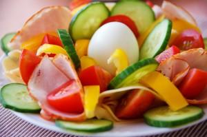 A healthy life needs good food