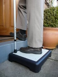 Non slip outdoor step